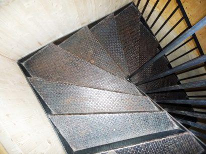 Talence-maison-photo-n°3-escalier-copyright-Atraits-Architecture-1.jpg