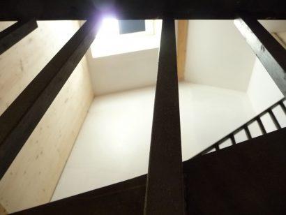 Talence-maison-photo-n°4-détail-escalier-copyright-Atraits-Architecture-1.jpg