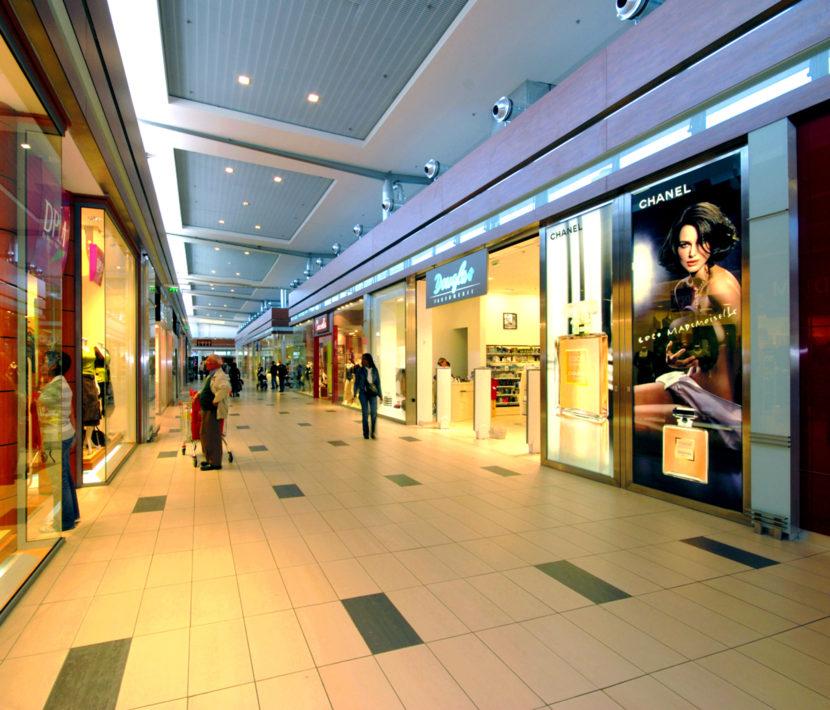 Commercial_AuchanChatellereau_Photo4_web.jpg