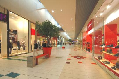 Commercial_AuchanLaSauraie_Photo8_web.jpg