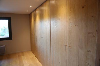 Lassime-Extension-en-ossature-bois-dune-maison-photo-n°16-chambre-@a_traits-architecture-1.jpg